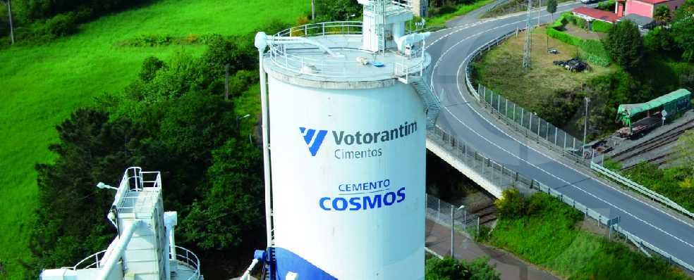 VOTORANTIM RECIBE EL PREMIO AL MÉRITO AMBIENTAL EN BRASIL
