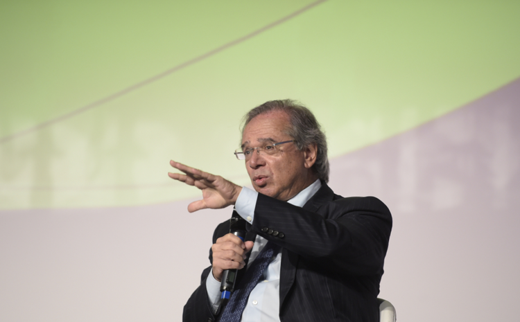 El Ministro Paulo Guedes, optimista en la recuperación económica de Brasil